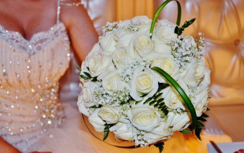 culoare buchet nunta alb
