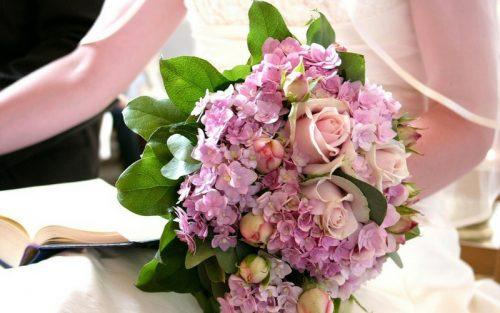 culoare buchet nunta lila