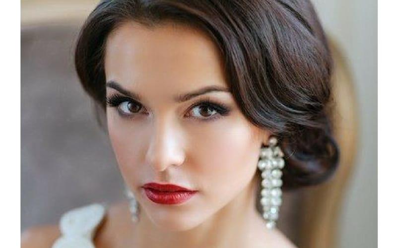 machiaj- nunta- clasic- lipstick rosu