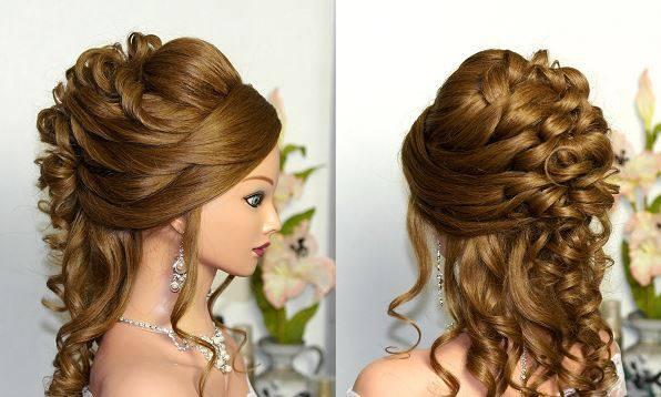 Coafură cu împletituri pentru părul creț lung